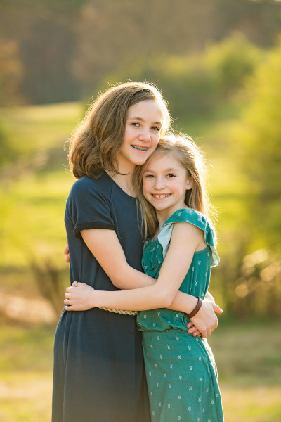 Farm-Photographer-Canton-Roswell-GA-sisters