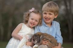 siblings-and-bunny-north-atlanta-photographer