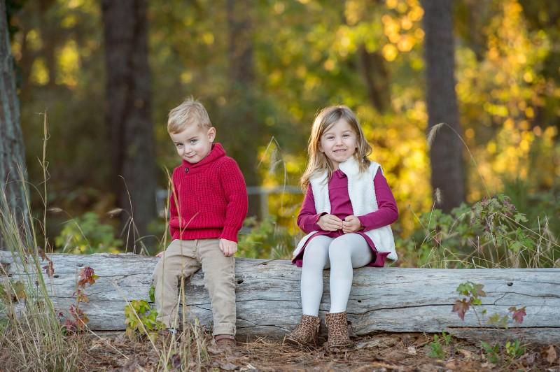 Cute-siblings-Photographer