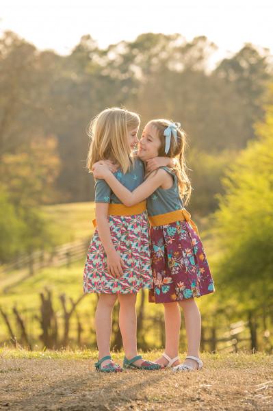 Farm-Photographer-Canton-sisters