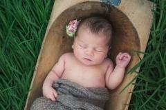 newborn photography vintage outside