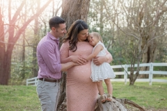 family maternity photography session in roswell