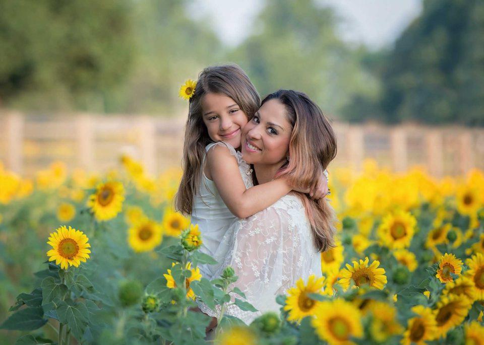 Mother-Daughter-Bond-960x685.jpg