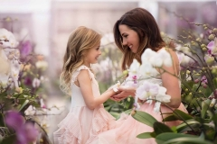 orchid-mother-daughter-photographer-light