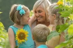 Grandma-And-Child-Portraits