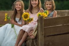 Sunflower-Child-Portrait-Photographer