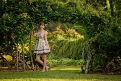 Senior-Portrait-Photography-Garden