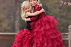Child-Portrait-Sibling-Hugs-Photography