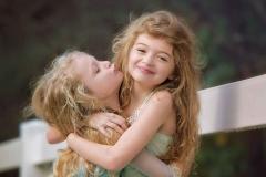 sibling family photographers farm canton