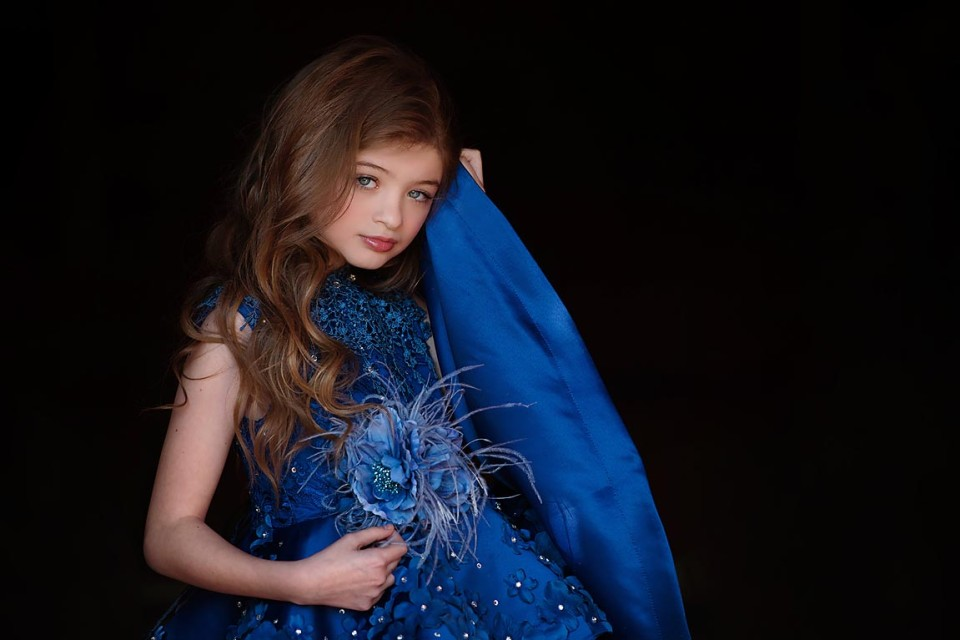 blue-eyed-girl-milton-photography