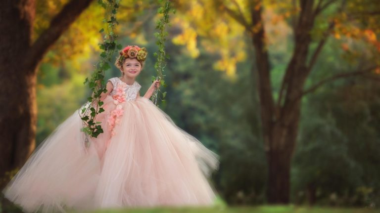 child-model-anna-triant-couture-photography
