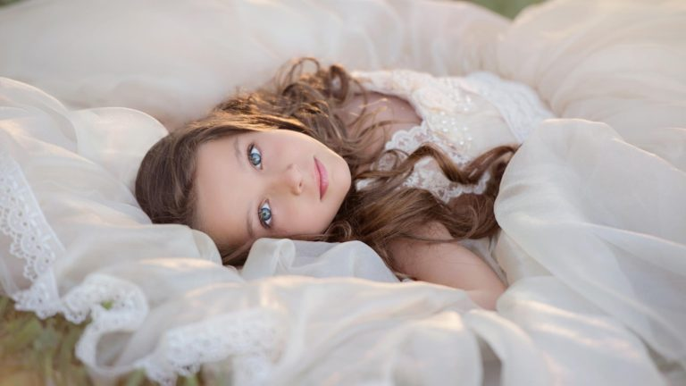 child-model-eyes-anna-triant-photography