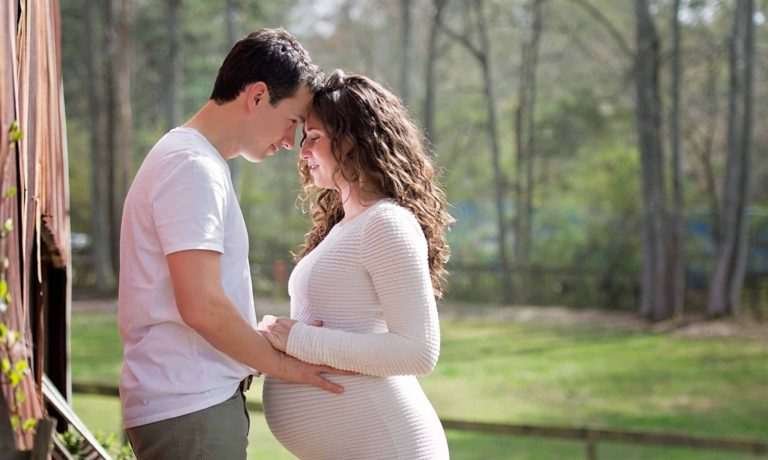couple-maternity-alpharetta