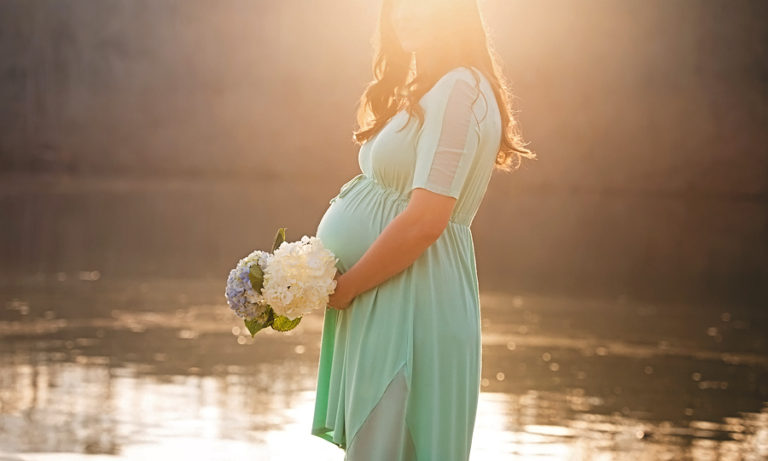 maternity-photography-river-sunburst