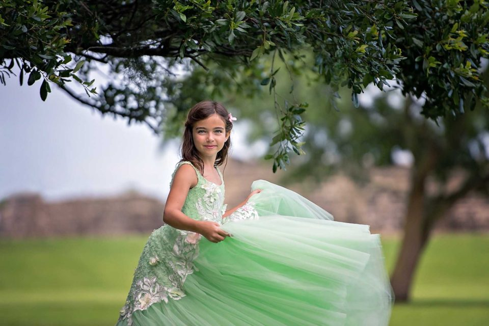Girl-In-Green-Dress-Photography