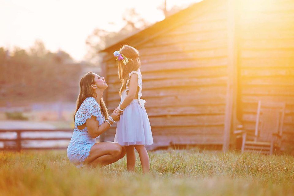 Mother-Daughter-Sunrise-Photographer