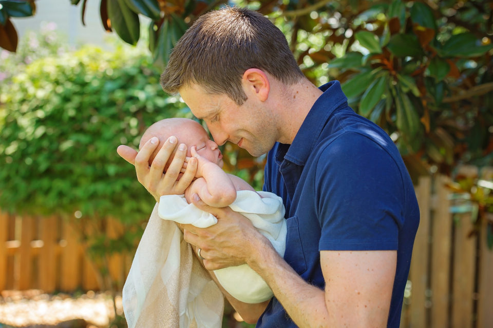 father-newborn-bond